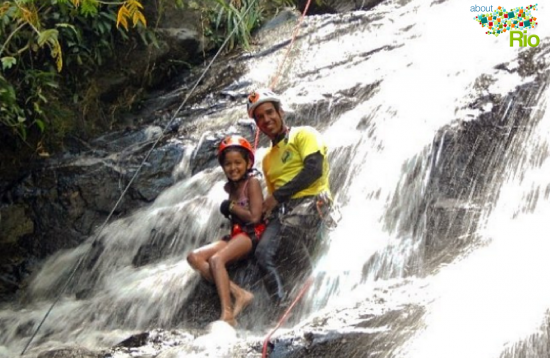 Rappel in Mendanha Waterfall | About Rio