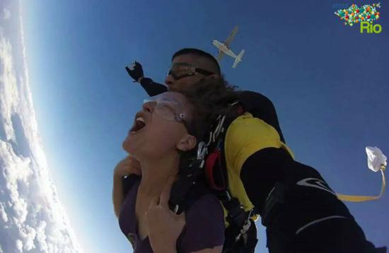 Parachuting | About Rio